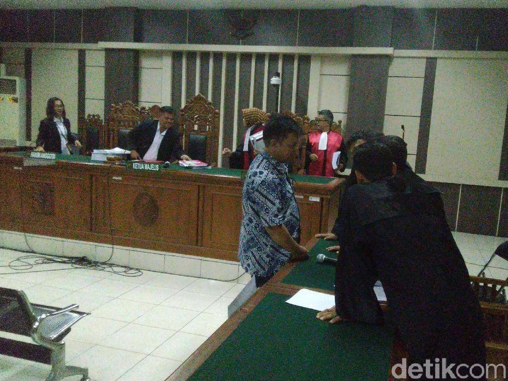 Dituntut 5 Tahun Karena Suap, Hakim Lasito Sebut Diperintah Pimpinan