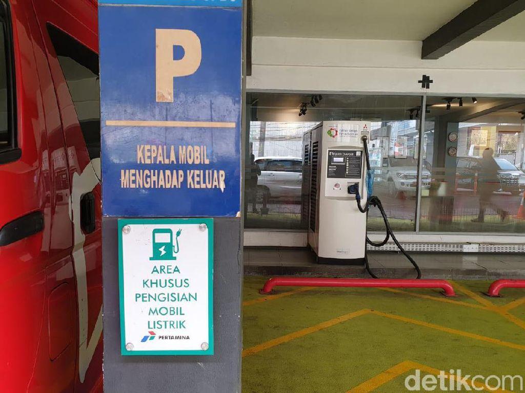 Asyik! Hyundai Bikin Stasiun Pengisian Daya Mobil Listrik di Tol TransJawa