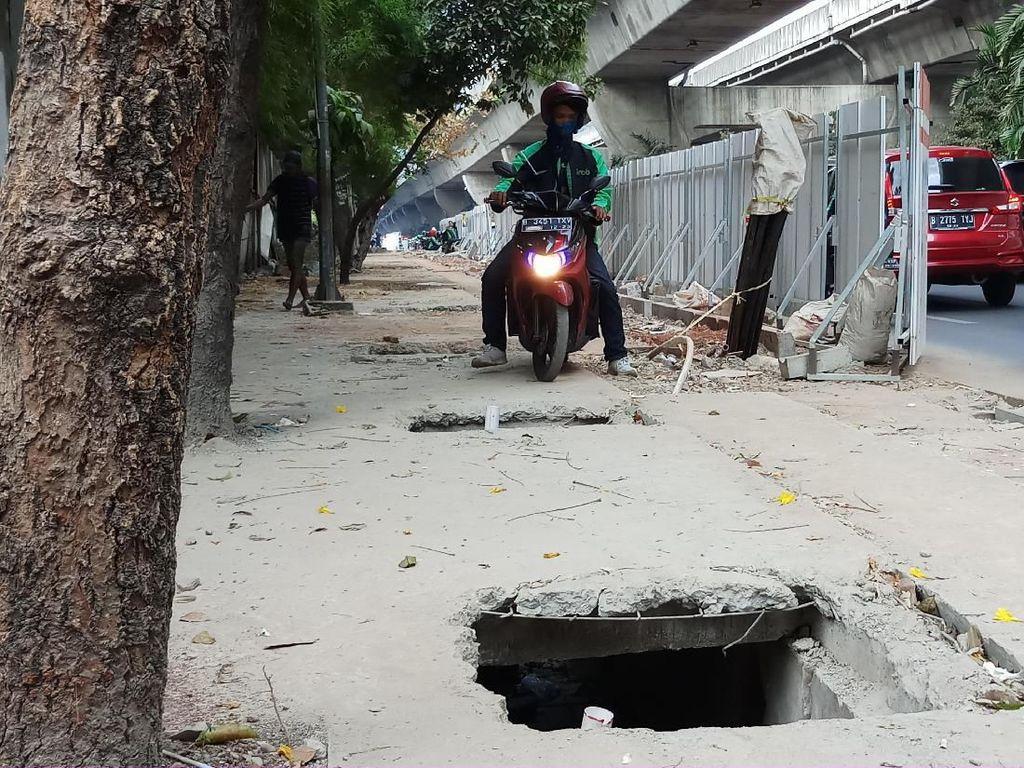 Pelebaran Trotoar di Casablanca Jaksel Ditargetkan Rampung 2020