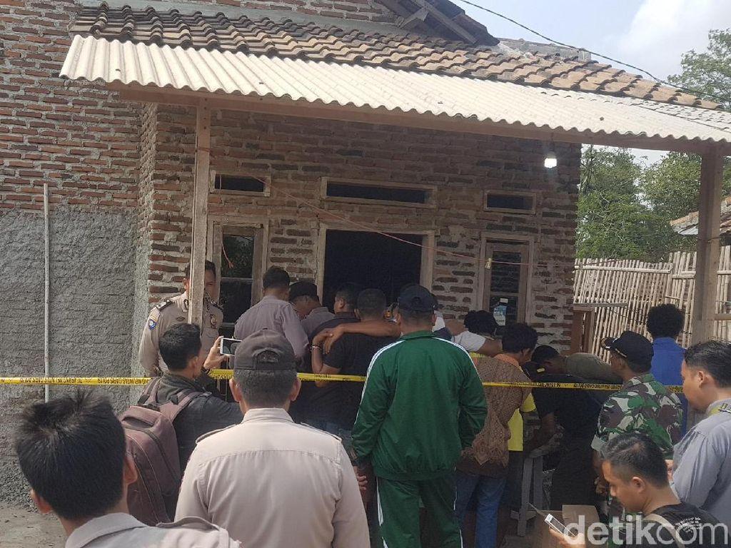 Keluarga Kaget Rustadi dan Anaknya Tewas Dibunuh-Istri Kritis