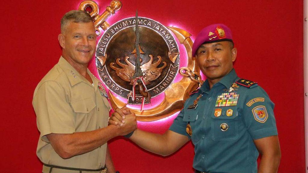 Komandan Korps Marinir Terima Commander U.S. Marine Forces Pacific