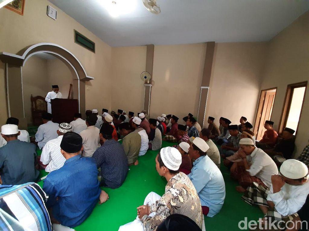 Penganut Islam Aboge di Probolinggo Salat Idul Adha Hari Ini