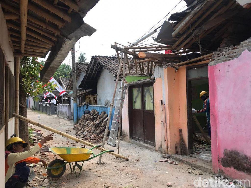 Penjelasan Unej Soal Crane yang Jatuh Timpa Rumah Warga di Jember