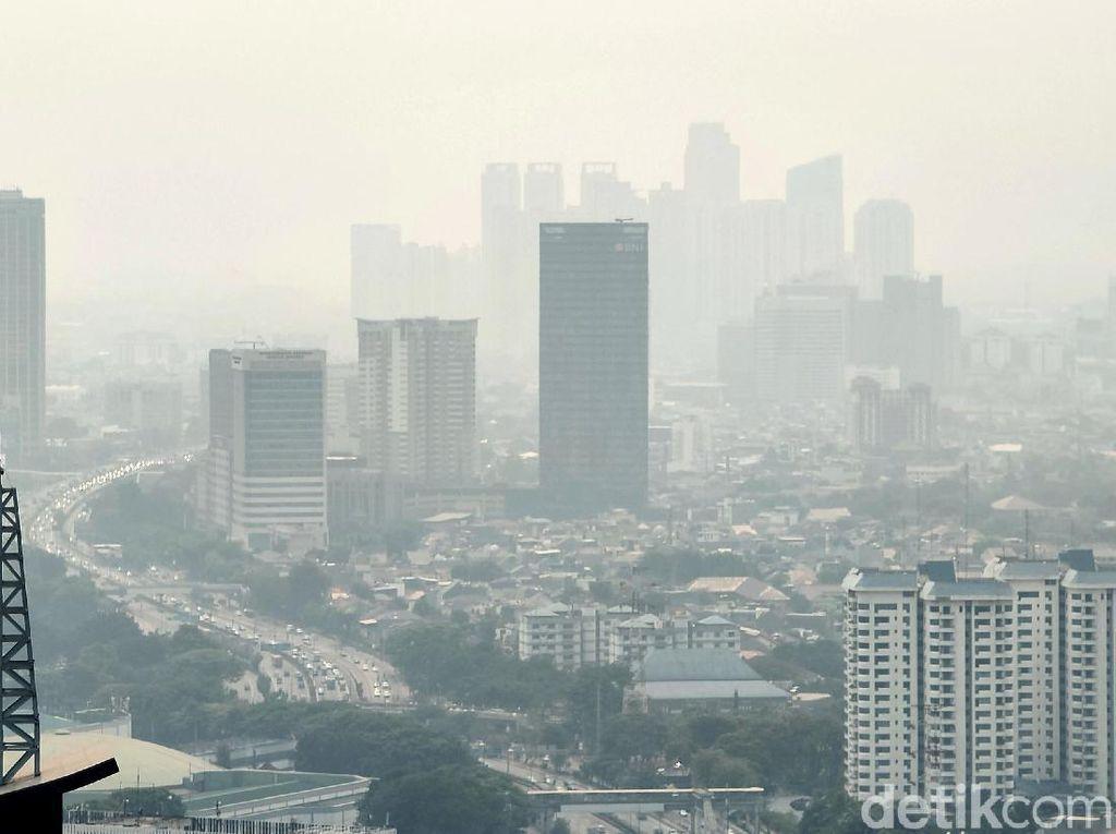 Data AirVisual Kamis Pagi: Udara Jakarta Terburuk Ke-3 di Dunia
