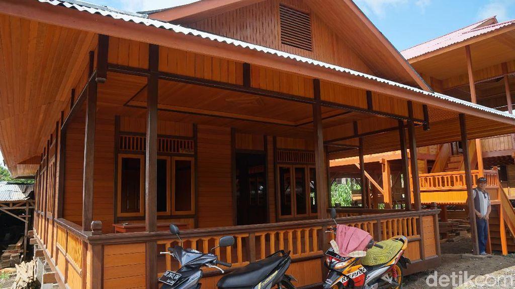 Foto: Melihat Uniknya Rumah Panggung Manado