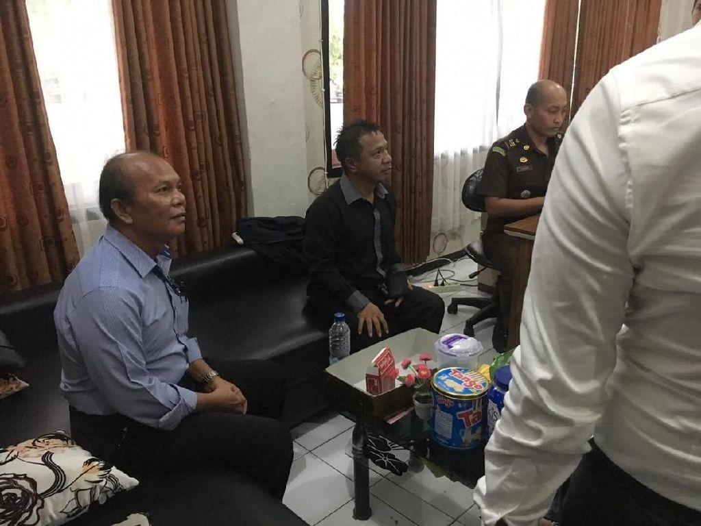 Peras Pejabat Pemkab Gresik Rp 50 Juta, 2 Anggota LSM Diamankan