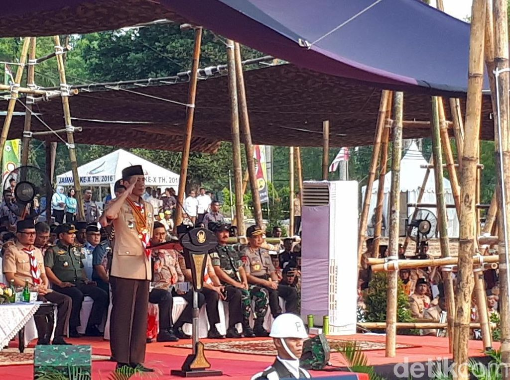 Jokowi Pastikan Ada Perombakan Kementerian Melalui Nomenklatur