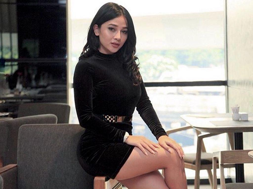 Mutia Ayu Endorse Baju Lebaran, Netizen Riuh