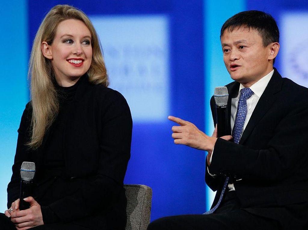 Elizabeth Holmes Dulu Sepanggung Jack Ma, Kini Terancam Penjara