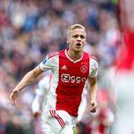Ajax Mau Cuci Gudang, Siap Lepas Tiga Bintang