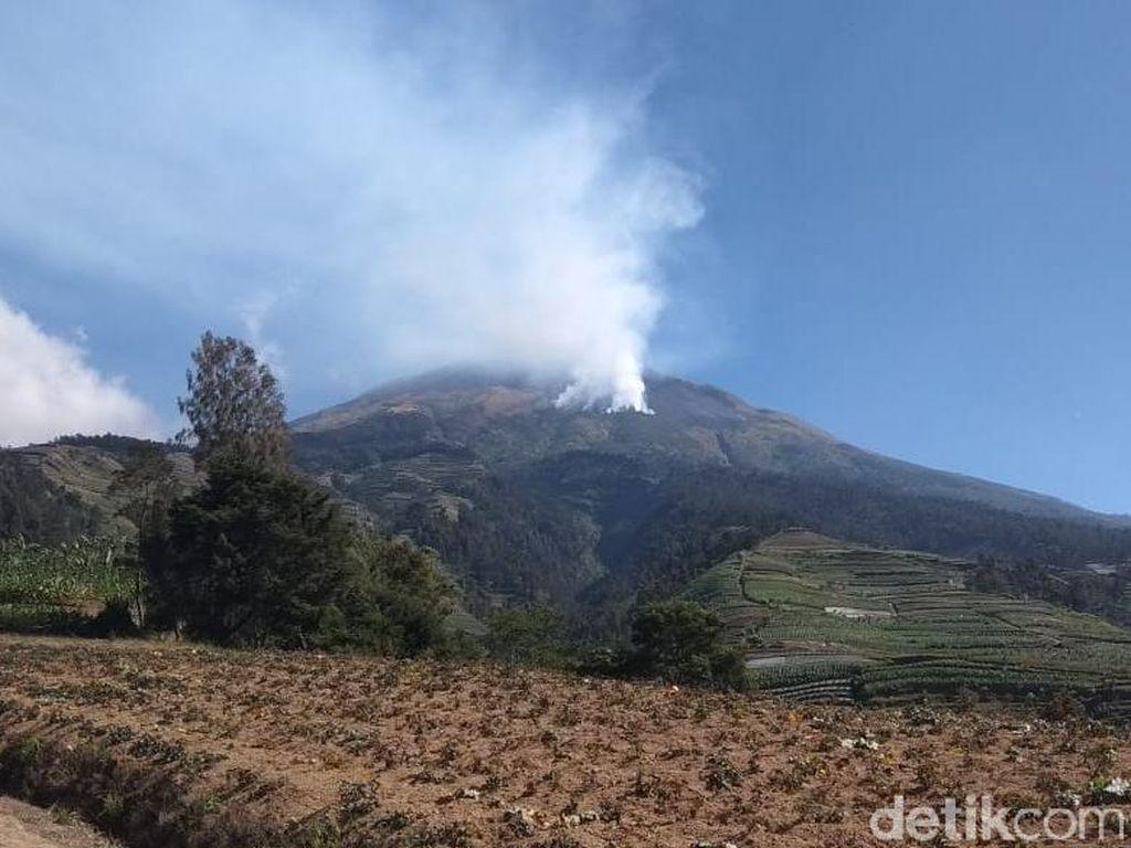 Kebakaran Telah Padam, Jalur Pendakian Gunung Sumbing Dibuka Lagi