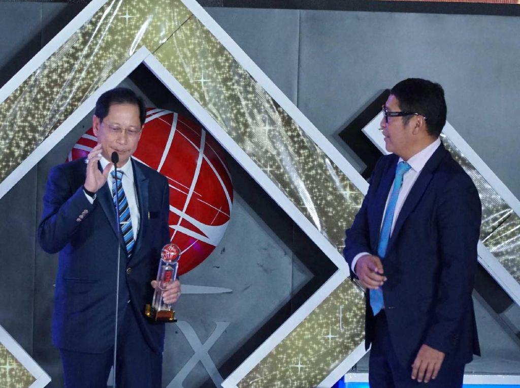 BCA Raih  Lifetime Achievement oleh IDX Channel