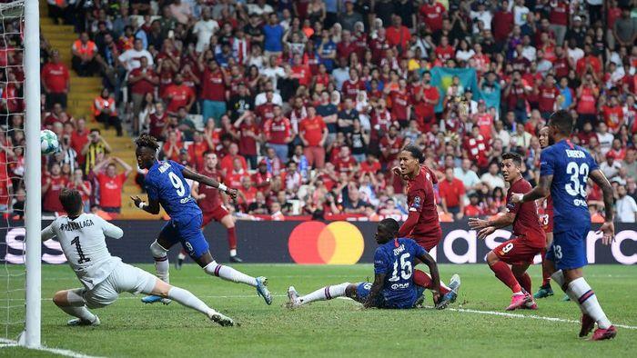Ketatnya duel Liverpool vs Chelsea membuat kemenangan mesti ditentukan via adu penalti. (Foto: Michael Regan/Getty Images)