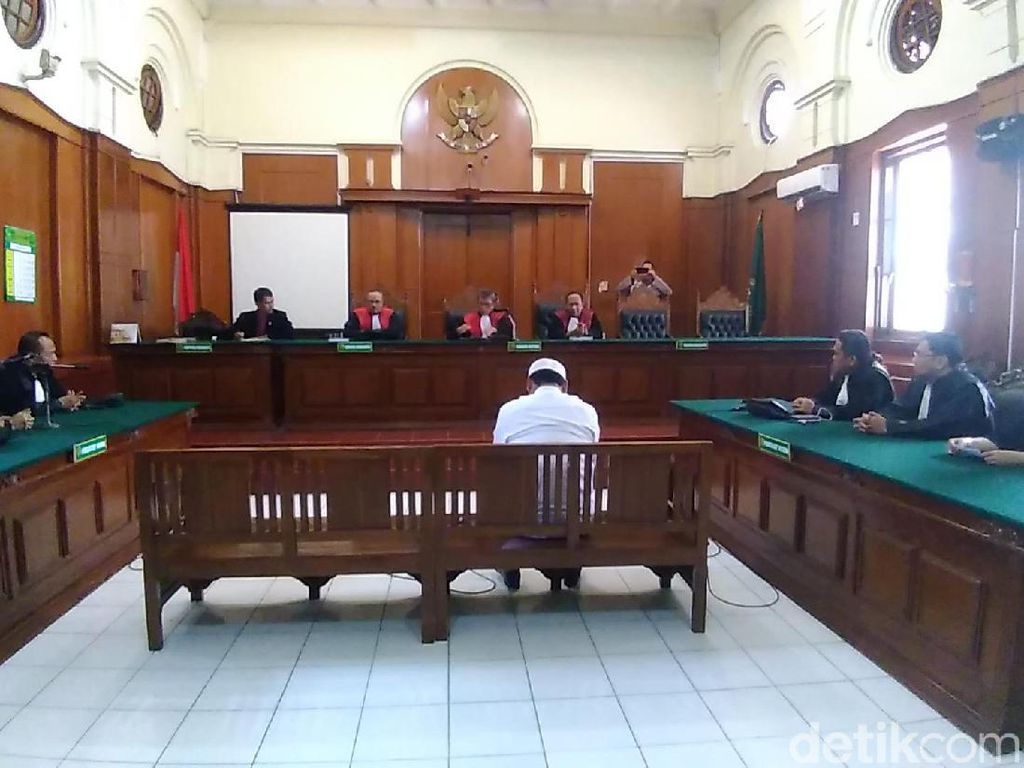 Sidang Kasus Hina NU Ditunda, Gus Nur Keluhkan Jadwal Dakwah Terganggu