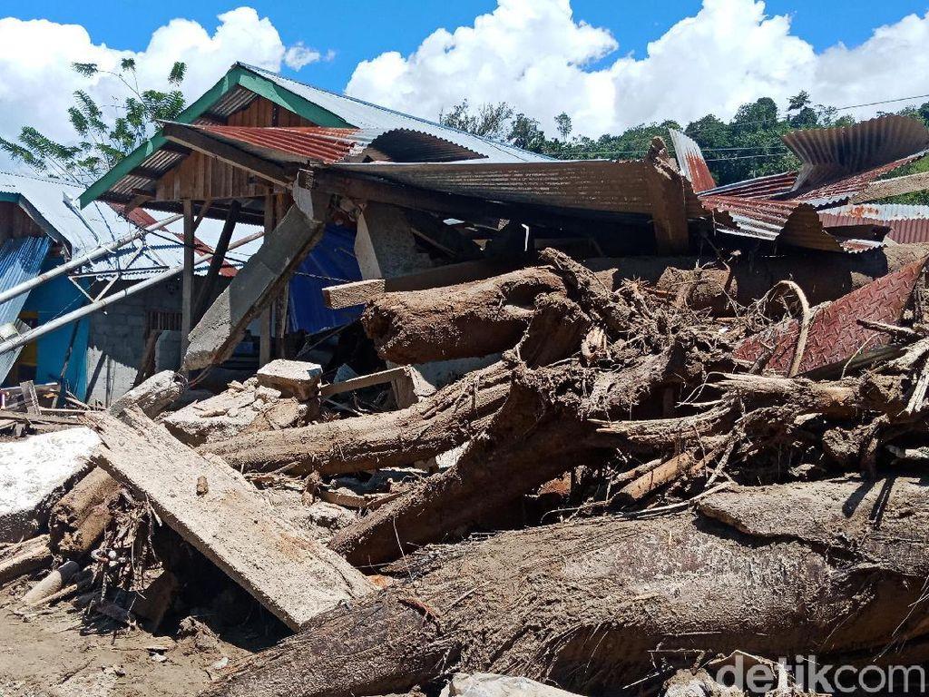 3 Kecamatan di Sigi Masih Terisolir Usai Diterjang Banjir Bandang