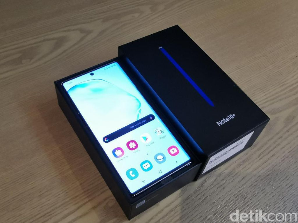 Unboxing Samsung Galaxy Note 10+