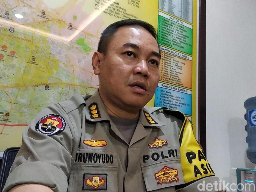 Polisi Buru Penyebar Hoaks Mahasiswa Tewas Saat Demo Ricuh di Bandung