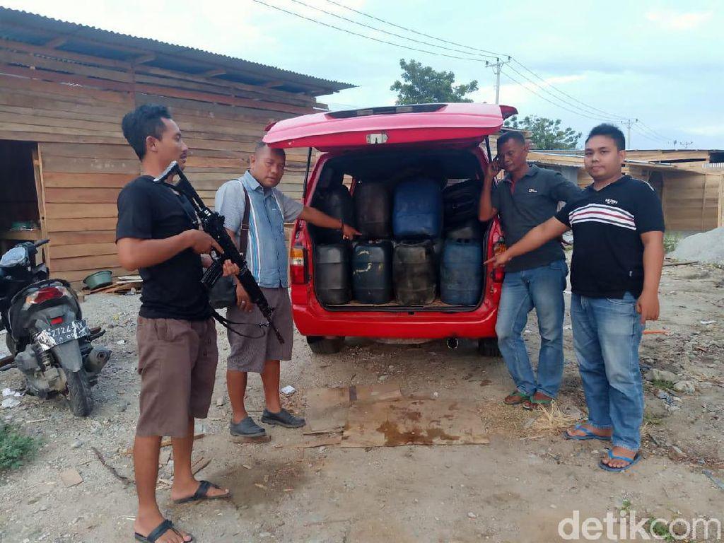 Polisi Tangkap Penimbun BBM Bersubsidi di Sulteng, 2 Ton Solar Disita
