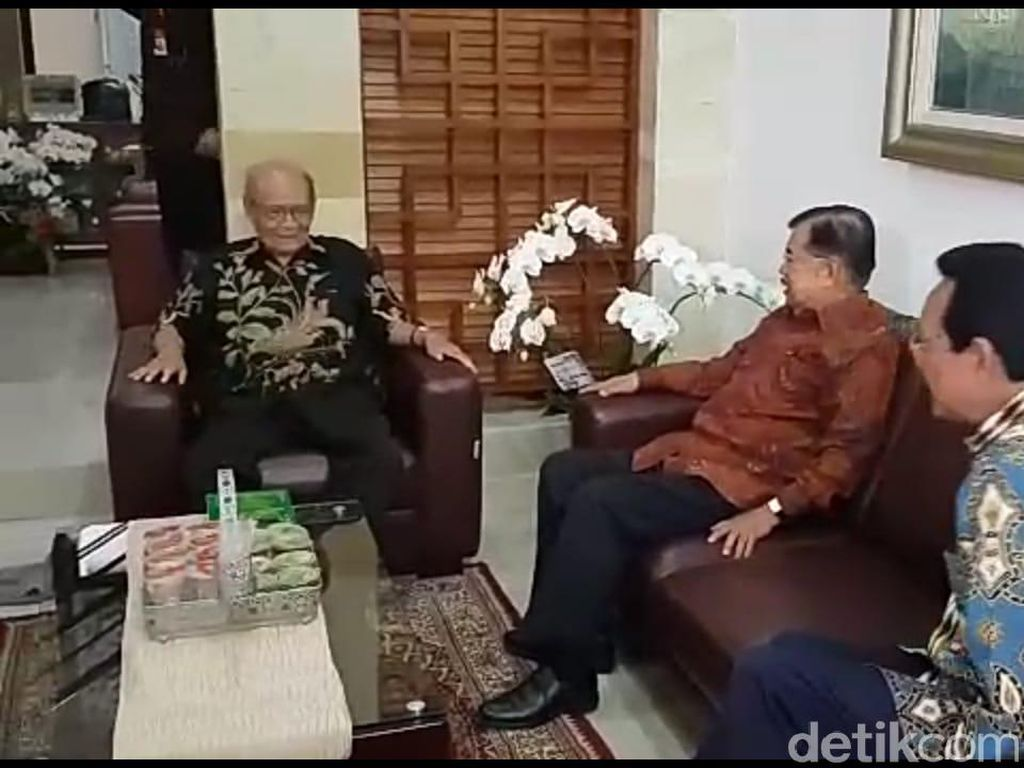 Buya Syafii Titip Pesan ke Jokowi soal Kabinet: Cari yang Petarung