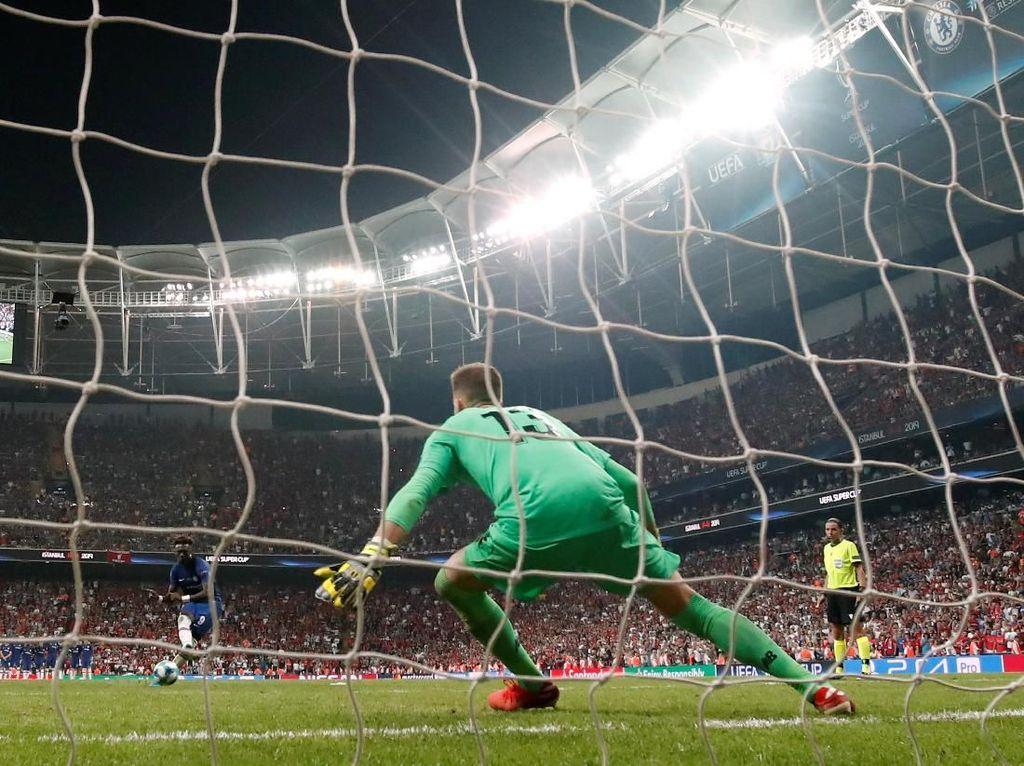 Adrian: Sulit untuk Tetap Berdiri di Garis Gawang Saat Penalti