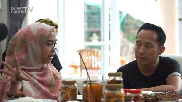 Denny Cagur dan Ria Ricis/ Foto: Youtube/ Denny Cagur Tv