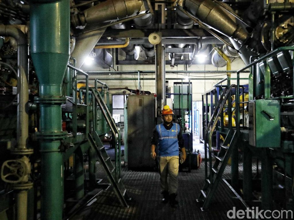 Melihat Pembangkit Listrik Tenaga Diesel Tertua di Aceh