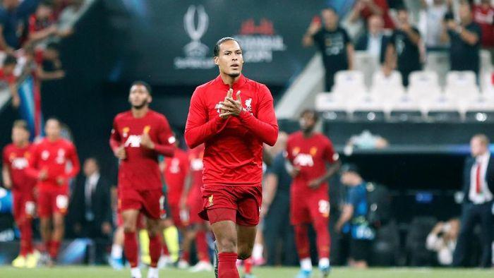 Virgil van Dijk masuk nominasi pemain terbaik UEFA 2019 (REUTERS/Kemal Aslan)