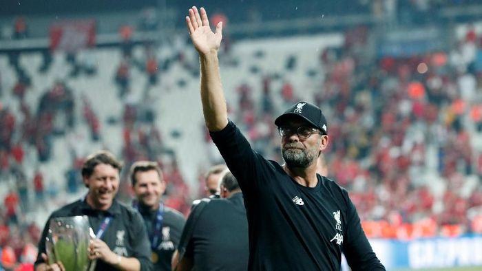 Juergen Klopp bawa Liverpool juara Piala Super Eropa. (Foto: Murad Sezer/Reuters)