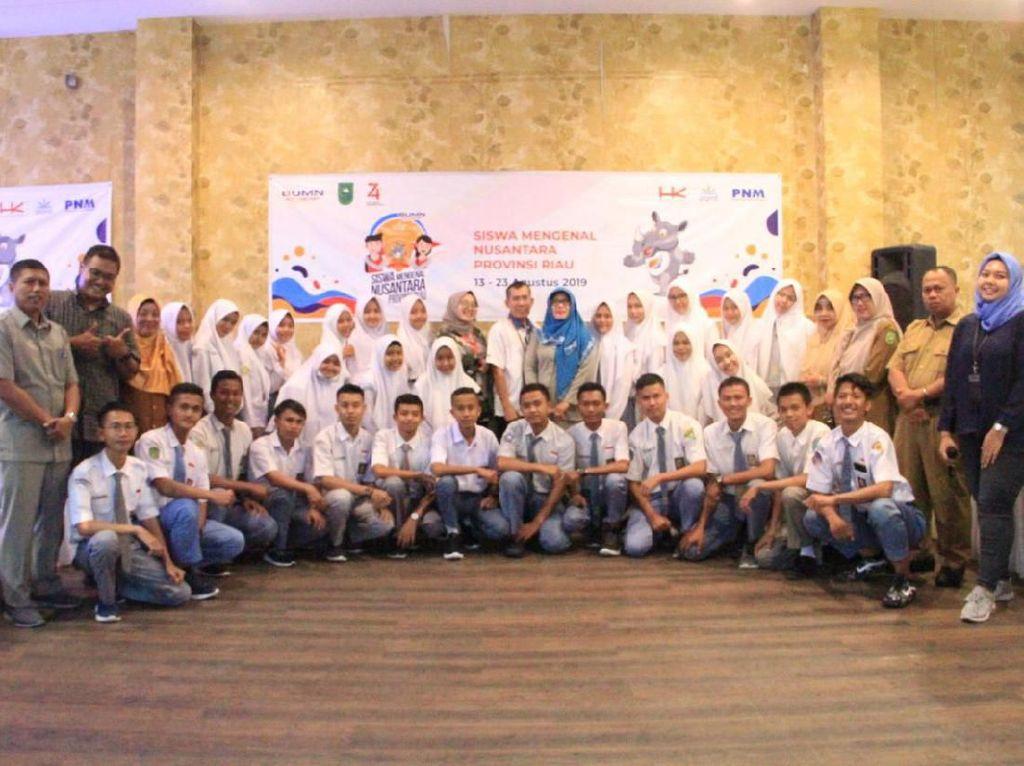 HK, PNM dan PTPN V Fasilitasi Pertukaran Pelajar Yogya-Pekanbaru