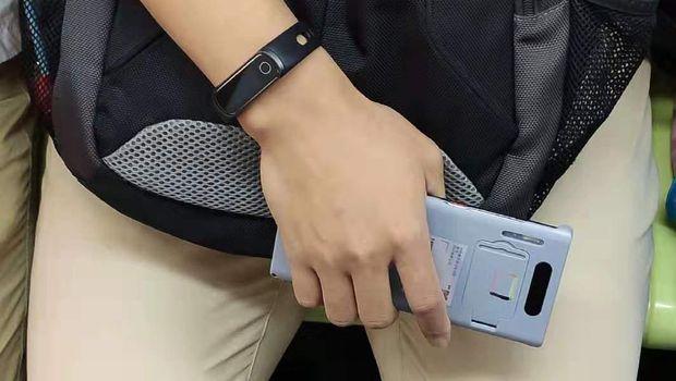 Apakah Ini Huawei Mate 30 Pro dalam 'Samaran'?