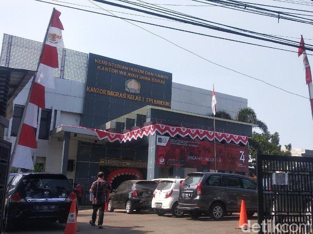 Waspada Corona, 17 Pegawai Usia 50-an Imigrasi Bandung Dirumahkan