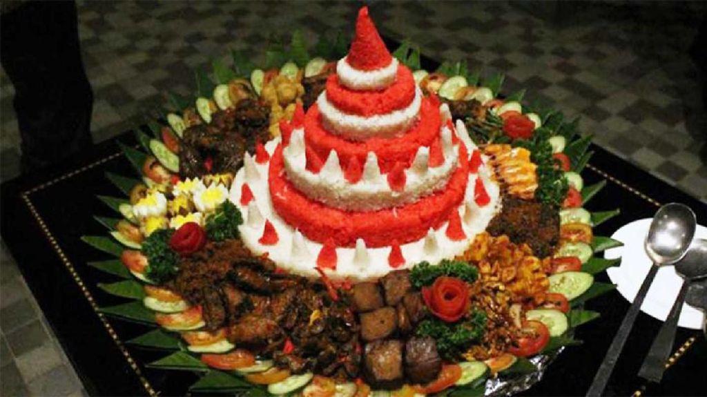 Rayakan HUT RI Ke-74 Dengan Makanan Nuansa Merah Putih
