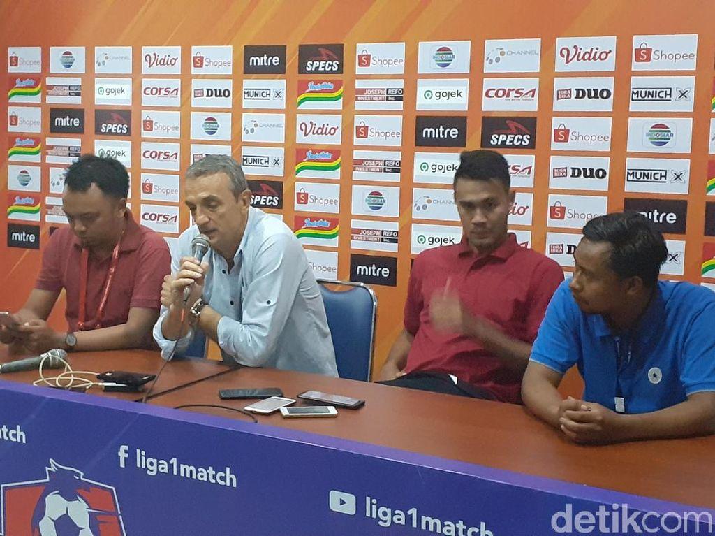 Leganya Arema FC Jawab Tekanan dengan Kemenangan Telak atas Persebaya