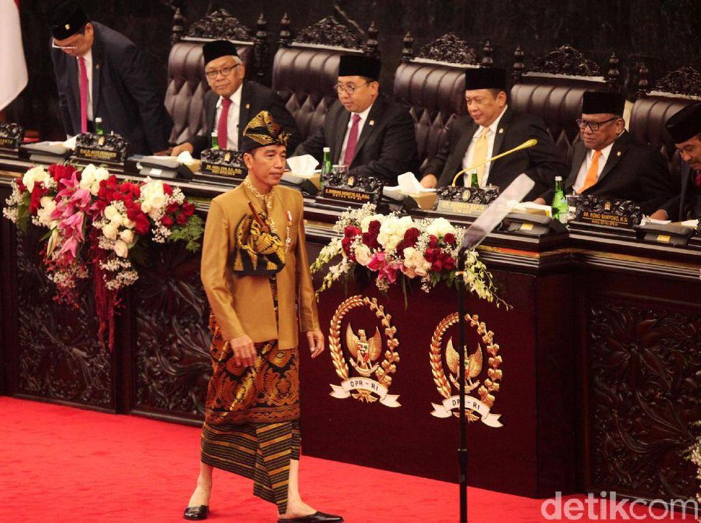 Istana Jawab Fahri Hamzah yang Kaitkan Baju Jokowi dan Kekalahan di NTB