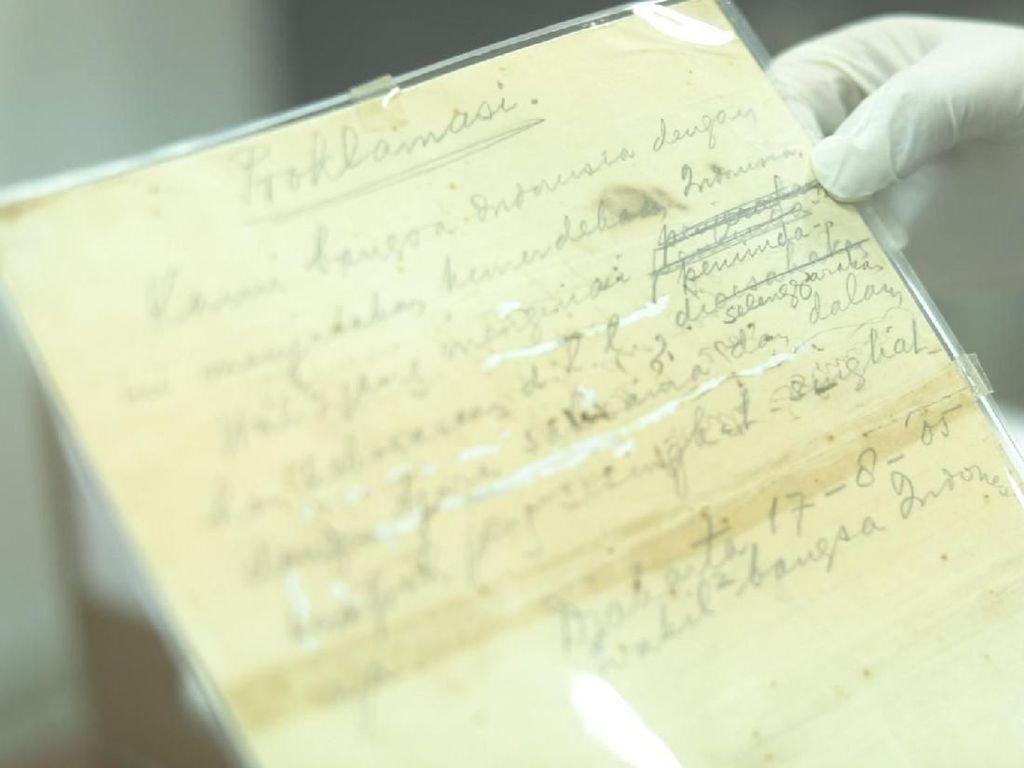Isi Teks Proklamasi dan Detik-detik Perumusannya
