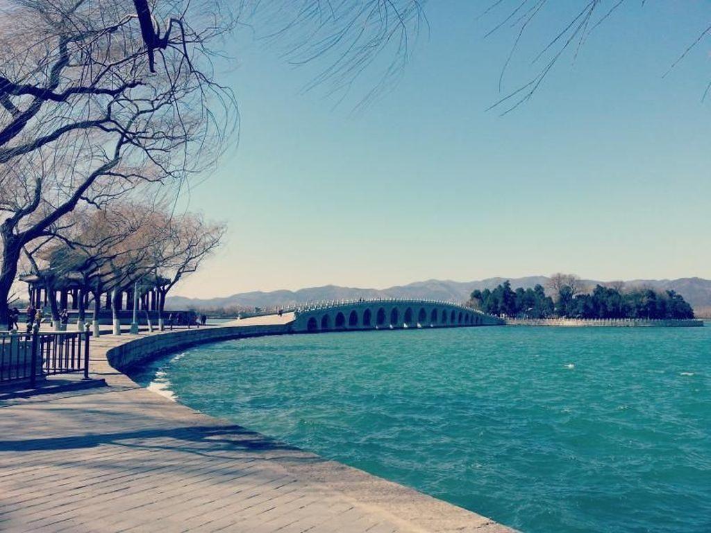 Mengunjungi Summer Palace China, Tapi di Musim Dingin