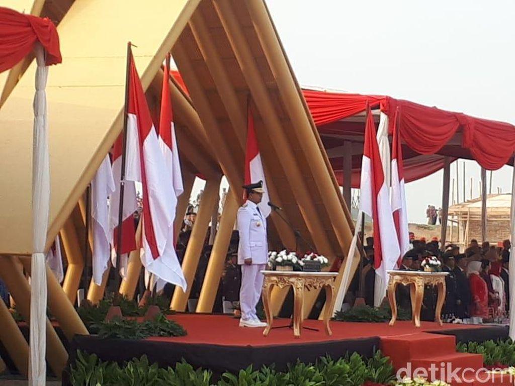 Anies Baswedan Pimpin Upacara HUT ke-74 RI di Pulau Reklamasi