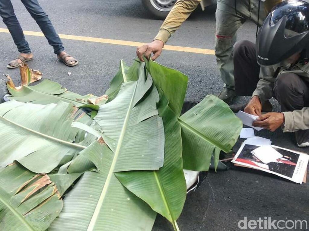 Siswa di Banyuwangi Tewas Kecelakaan Sambil Peluk Foto Jokowi