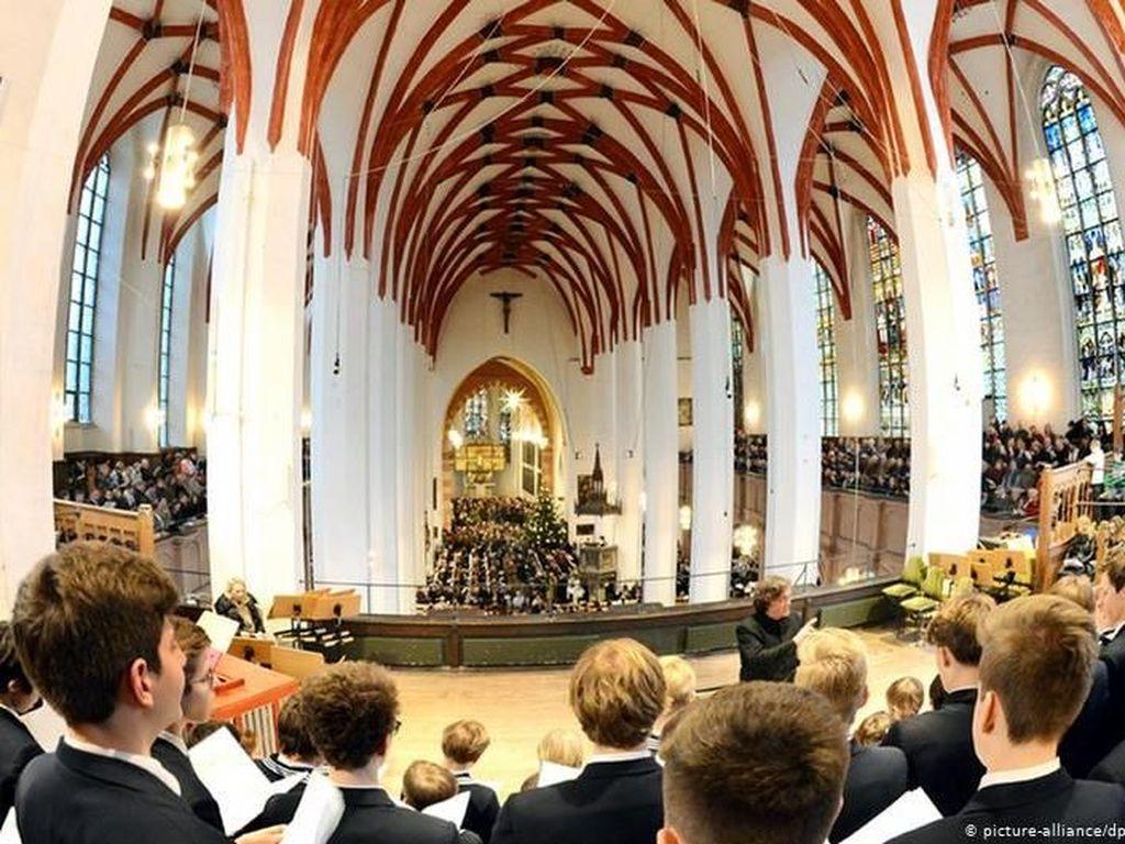 Gadis 9 Tahun Tuntut Paduan Suara Anak Laki-laki di Jerman