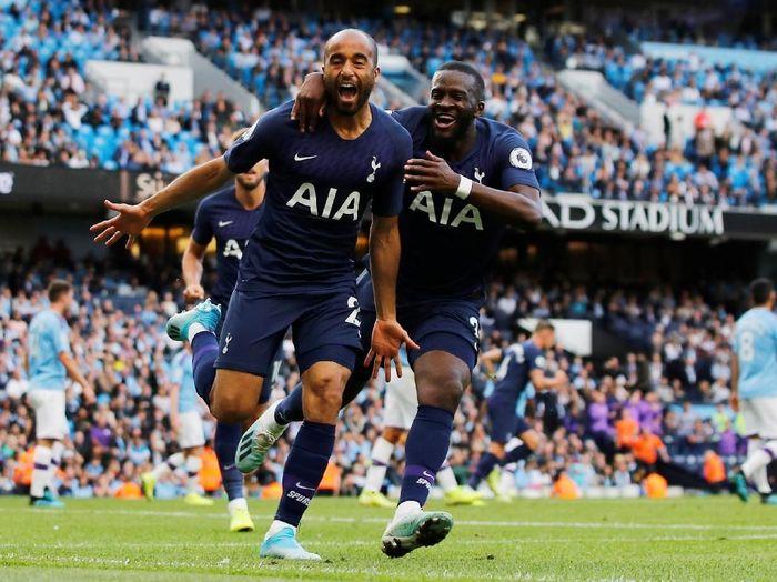 Lucas Moura berterima kasih Tottenham Hotspur diselamatkan video assistant referee saat melawan Manchester City. (Foto: Phil Noble/Reuters)