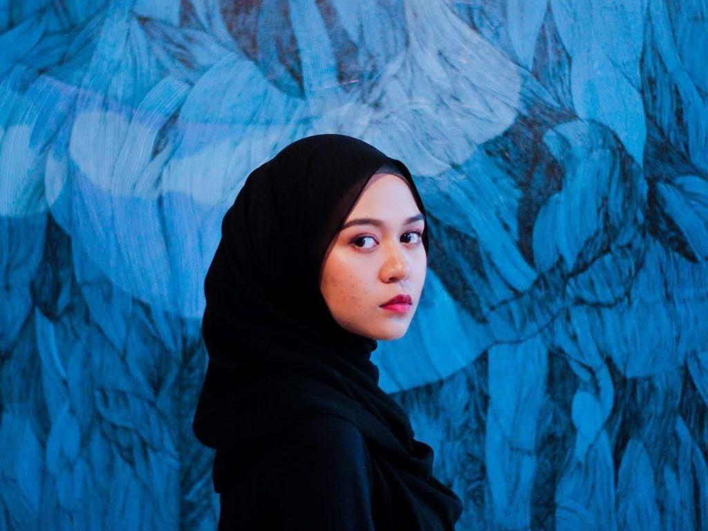 Pesona Guru Cantik yang Viral, Dapat Surat Cinta Berisi Gombalan dari Murid