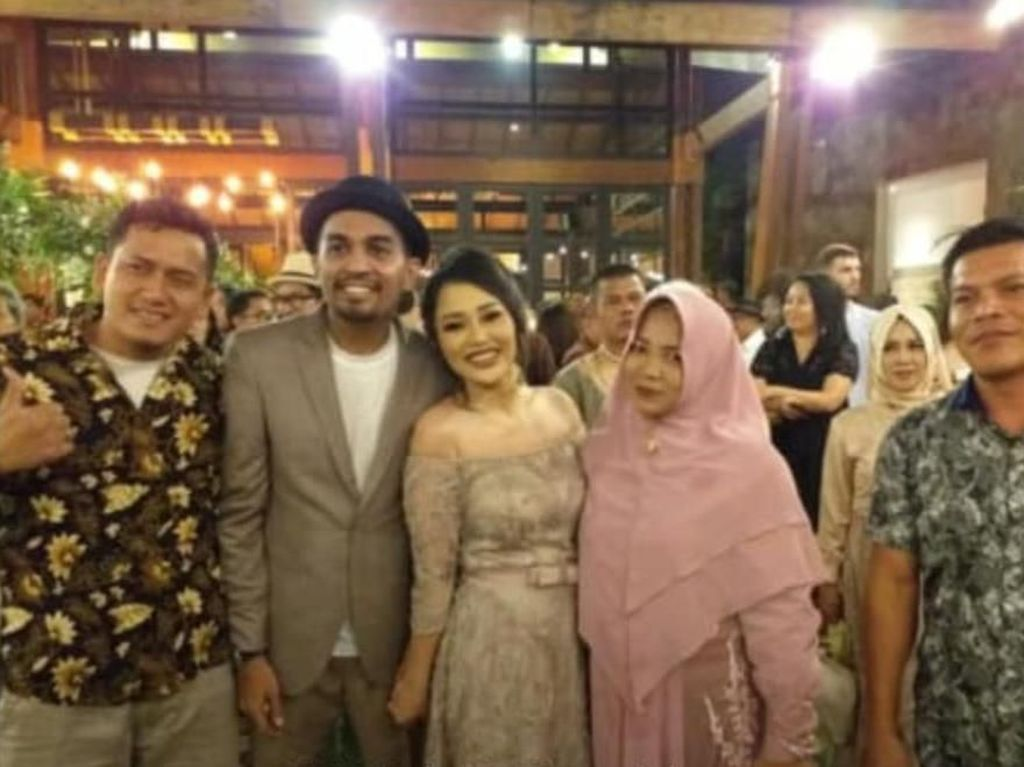 Kakak Kandung Tak Hadiri Pernikahan Glenn Fredly dan Mutia Ayu, Lo Kok?
