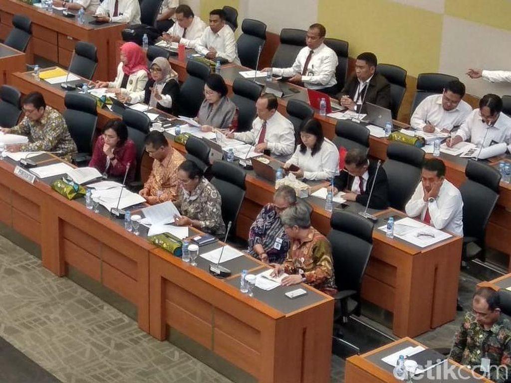 DPR dan Sri Mulyani Gaspol Bahas RAPBN 2020