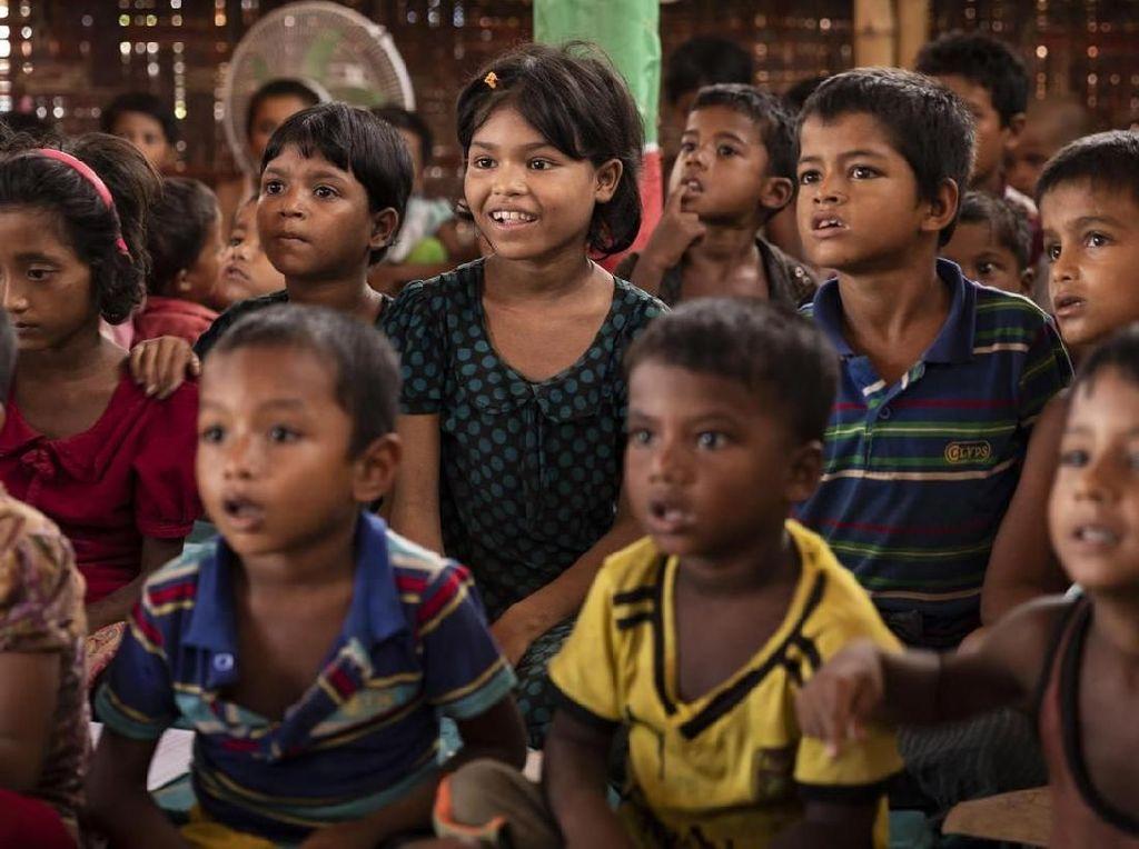 Anak-anak Rohingya di Bangladesh Alami Krisis Pendidikan