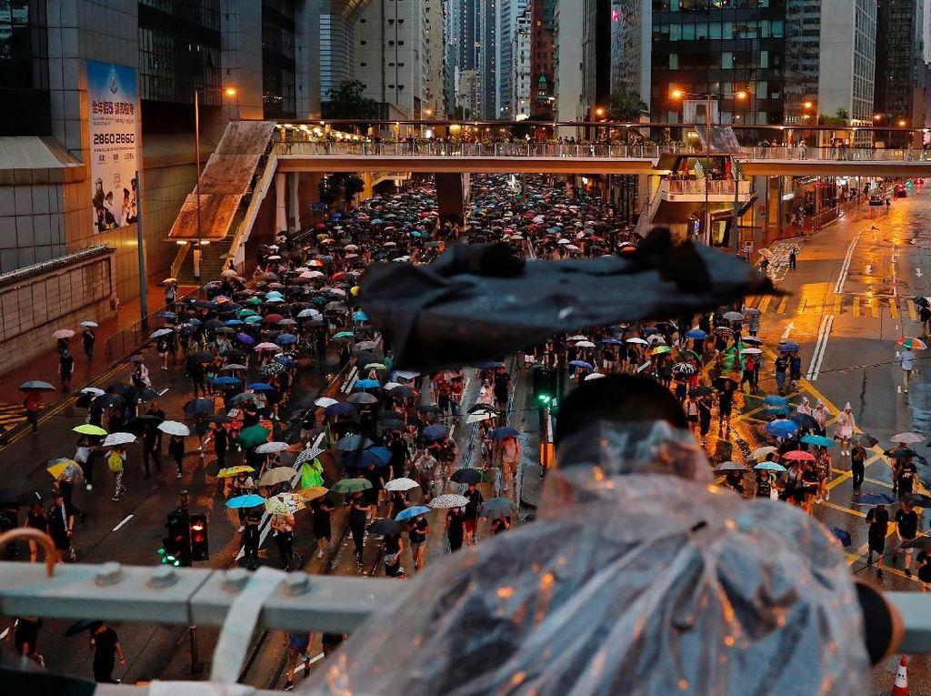 Jurnalis Indonesia Terkena Tembakan Peluru Karet di Hong Kong