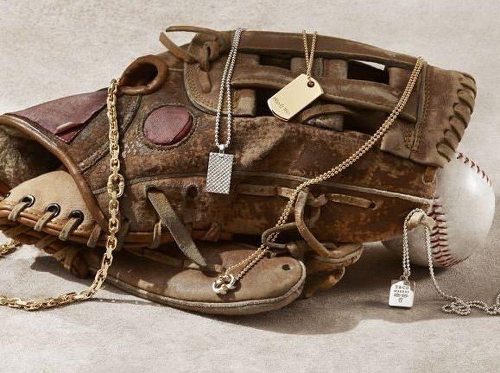 Tiffany & Co. Rilis Koleksi Perhiasan Khusus Pria