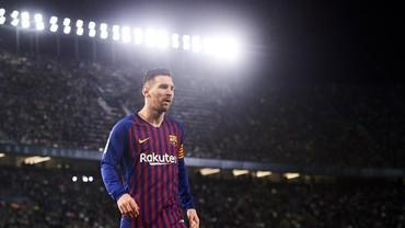 FIFA 20: Messi Jadi yang Terbaik, Gusur Ronaldo ke Posisi Dua