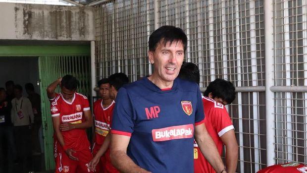 Milan Petrovic dari Arema FC ke Perseru Badak Lampung