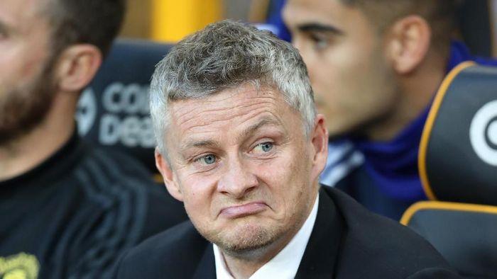 Ole Gunnar Solskjaer dikritik akibat penalti gagal Paul Pogba. (Foto: David Rogers/Getty Images)