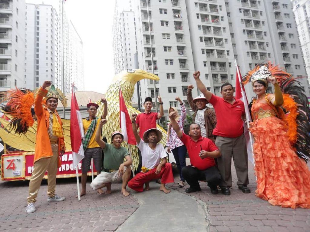 Meriahnya Pawai Hari Kemerdekaan di Podomoro City